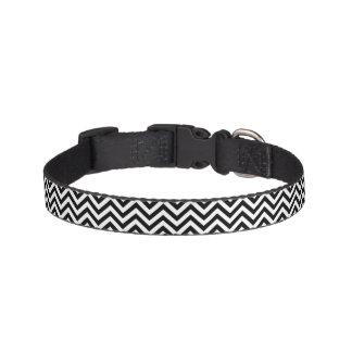 Black and White Zigzag Stripes Chevron Pattern Pet Collar