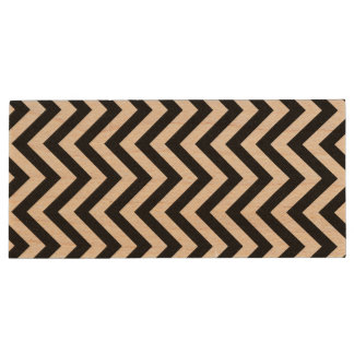 Black and White Zigzag Stripes Chevron Pattern Wood USB Flash Drive