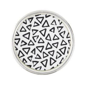 Black Brushstroke Triangel Pattern, Nordic Design Lapel Pin