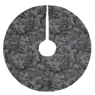 Black Camo Pattern Brushed Polyester Tree Skirt