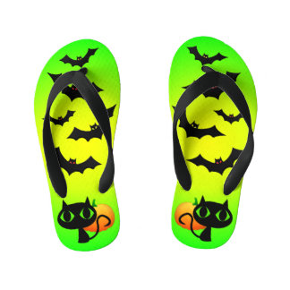 Black Cat and Bats on Green Kid's Thongs