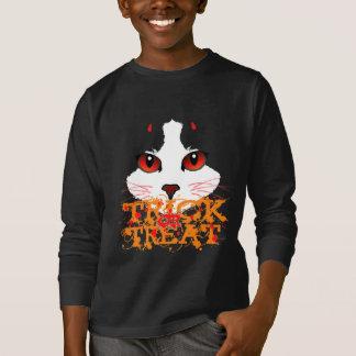 Black Cat Halloween Trick Or Treat T-Shirt