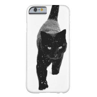 Black Cat in the Snow - iPhone 6 Case