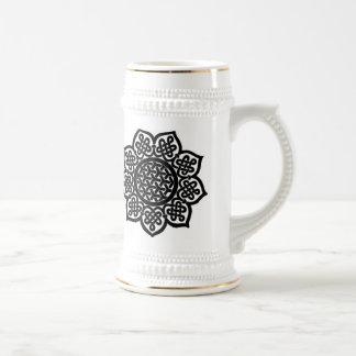 Black Celtic Knot stein 18 Oz Beer Stein