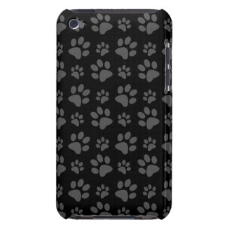 Black dog paw print pattern iPod touch case
