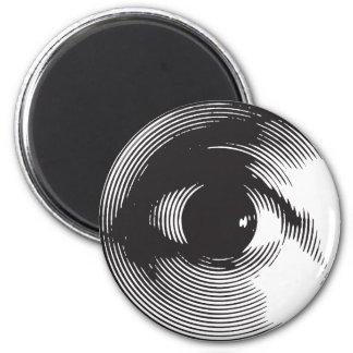 black eye 6 cm round magnet