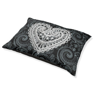 Black-Paisley-Heart-Crochet-Indoor-Outdoor-Beds Pet Bed