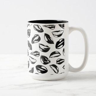 Black Pattern Lips Two-Tone Coffee Mug