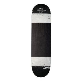 Black Sands 21.6 Cm Old School Skateboard Deck