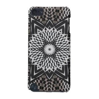 black vs white Mandala iPod Touch 5G Case