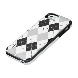 Black White and Gray Argyle iPhone SE/5/5s Battery Case