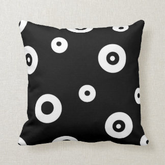 Black White circle Polyester Throw Pillow