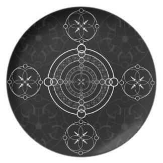 Black White Crop Circles Party Plate