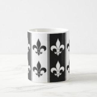 Black White Fleur De Lis Pattern Print Design Coffee Mug