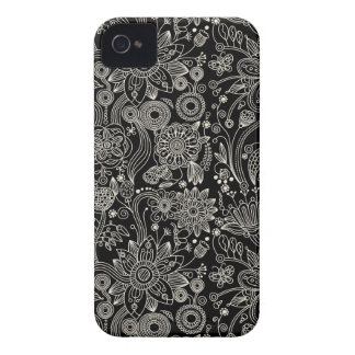 Black & White Floral Damask Pattern Blackberry iPhone 4 Case