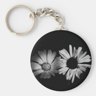 Black & White Flowers Basic Round Button Key Ring
