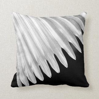 BLACK & WHITE GRAPHIC LEAF CUSHION