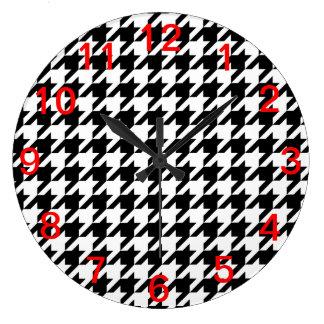 Black & White Houndstooth Pattern Wallclock