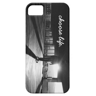 Black & White Longboarding iPhone 5/5S Case