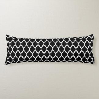 Black White Moroccan Quatrefoil Pattern #4 Body Cushion