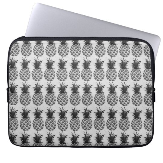 Black&white pineapple laptop sleeve