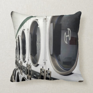 Black & White Reto Laundry Mat I Pillow