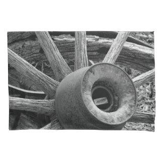 Black & White Wagon Wheel Pillow Case