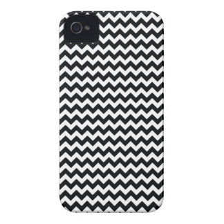 Blackberry Bold B&W Chevron Case iPhone 4 Cover