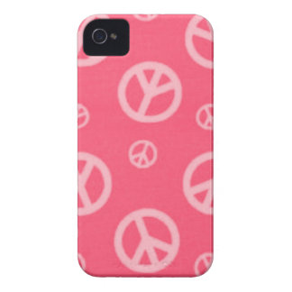 Blackberry Pink Peace Signs Designer Case - Gifts iPhone 4 Case
