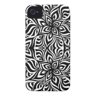 BlackWhitePattern2Color iPhone 4 Cover