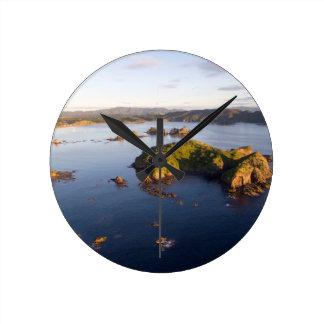 Bland Bay idyllic coast New Zealand Round Clock