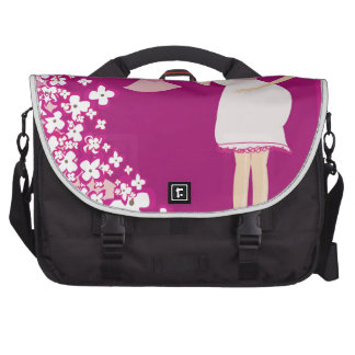 blonde pregnant woman commuter bags
