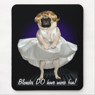 Blondes Mouse Pad