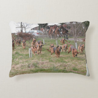 bloodhounds working decorative cushion