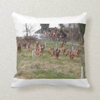 bloodhounds working throw pillow