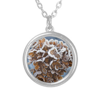 Bloom with ice crystals silver plated necklace
