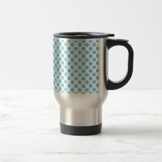 Blue and white polka dots pattern travel mug