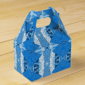 Blue bamboo favour box