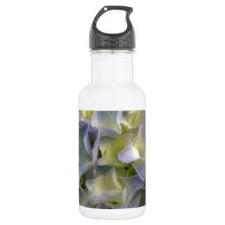 Blue hydrangea 532 ml water bottle