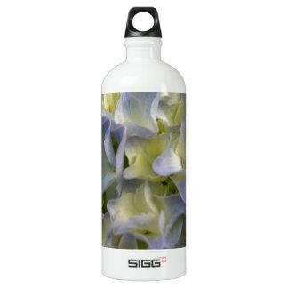 Blue hydrangea SIGG traveller 1.0L water bottle