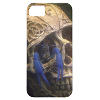 Blue lobster crayfish hanging out in a skull eye iPhone 5 cover