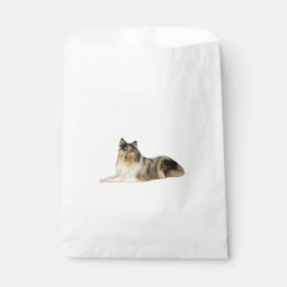 blue merle rough collie laying.png favour bags
