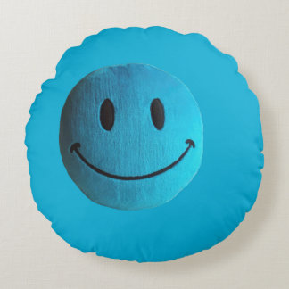 Blue smile old style round pillow