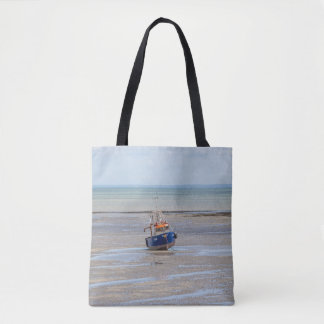 Boat at low tide all-over-print tote bag