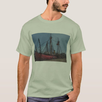 Boats in the seaport II T-Shirt