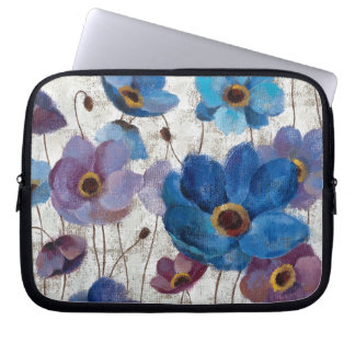 Bold Anemones Laptop Sleeve
