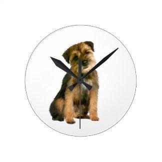 Border Terrier (A) Round Wall Clocks