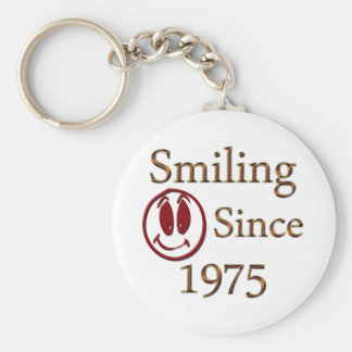 Born in 1975 basic round button key ring