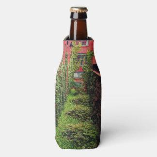 Bottle Cooler - Brick & Ivy Scene - Full Color