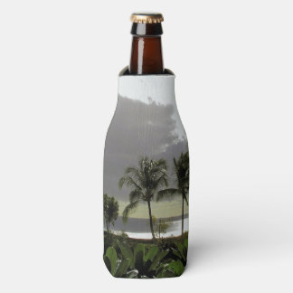 BOTTLE COOLER/PALM TREES AND SILVERY OCEAN AT DUSK